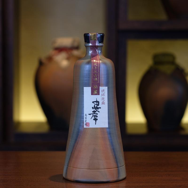 【夏ギフト特別企画】琉球城焼豊見1升10年古酒 42度