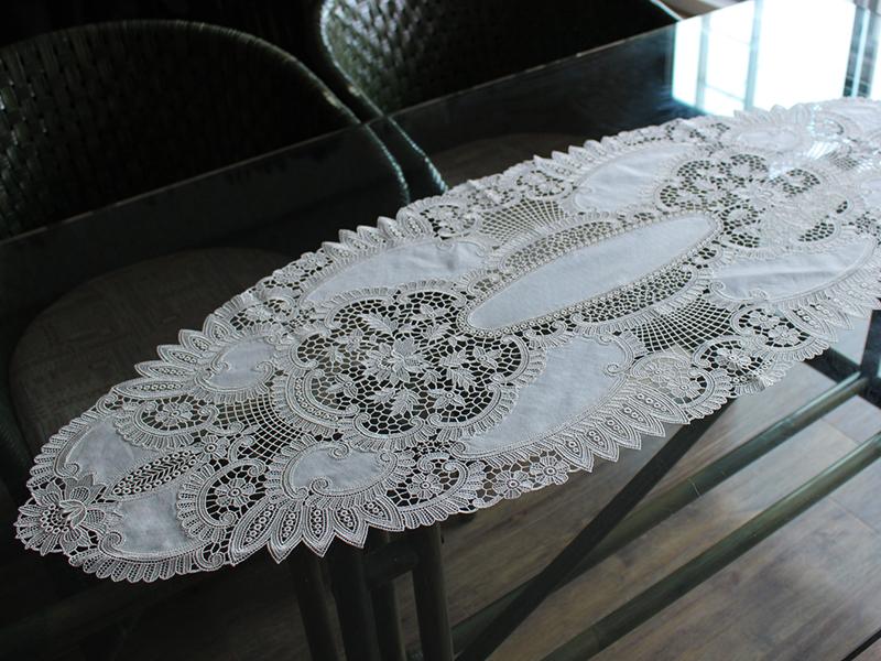 ヨーロピアンレース テーブルセンター46×117cm