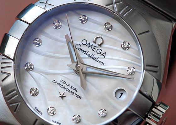 【未使用品】オメガ 123.10.35.60.01.001 レディース コンステレーション プリュム SS シェル文字盤 ブレスレット 自動巻き