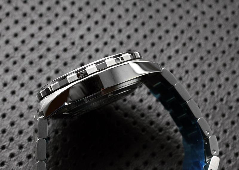 【未使用品】タグホイヤー CAZ2010.BA0876 フォーミュラ1 キャリバー16 SS ブラック文字盤 自動巻き ブレスレット