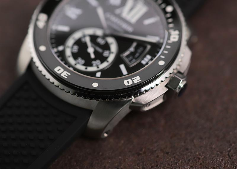 【中古】カルティエ W7100056 カリブル ドゥ カルティエ ダイバー SS 黒文字盤 自動巻き ラバー