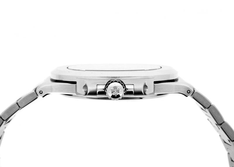 パテックフィリップ 5711/1A-011 ノーチラス SS 白文字盤 自動巻き ブレスレット
