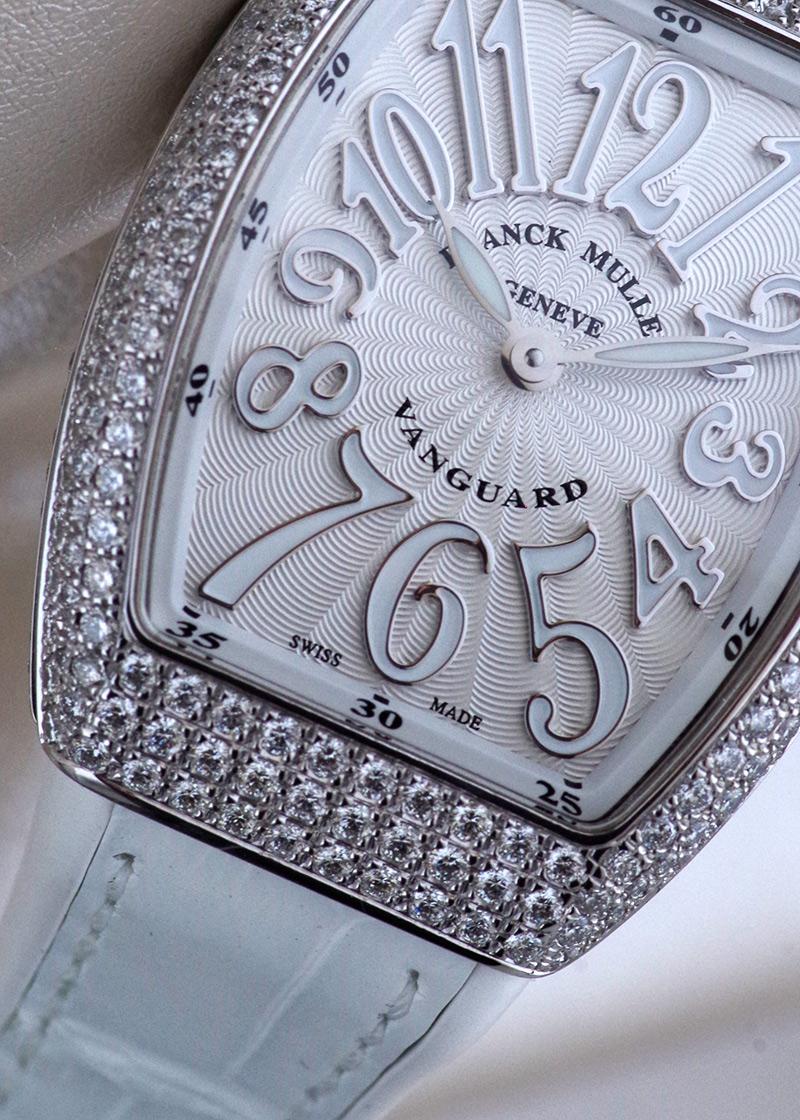フランクミュラー V29QZD ACBC レディース ヴァンガード レディ ダイヤモンド  SS ホワイト文字盤 クォーツ ラバーアリゲーター