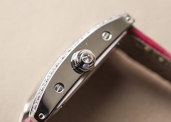 カルティエ WB710015 レディース タンクアメリカン ミニ ダイヤモンドベゼル WG シルバー文字盤 クォーツ レザー