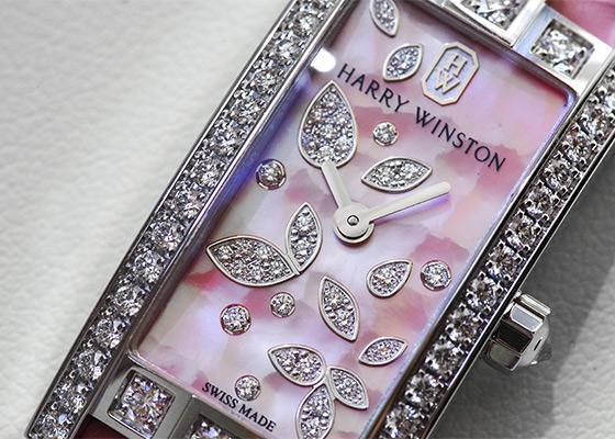 ハリーウィンストン AVCQHM16WW055 レディース アヴェニューC ミニ リリー・クラスター ピンク  WG ピンクシェル文字盤/ダイヤモンド クォーツ レザー