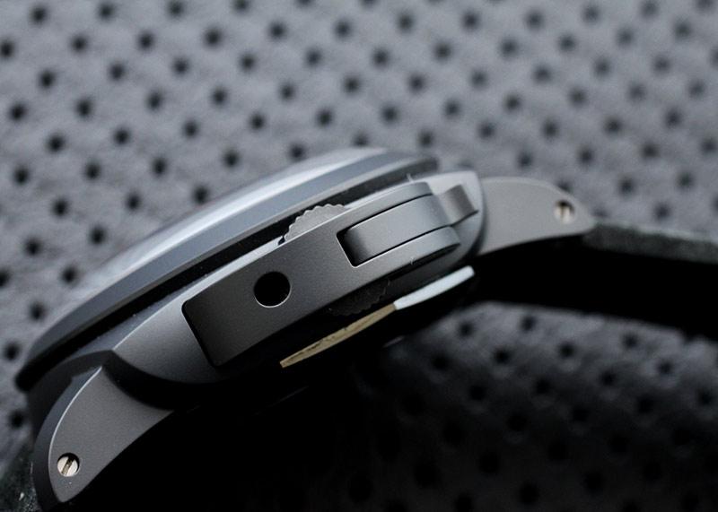 【未使用品】オフィチーネ パネライ PAM00335 ルミノール 1950 10デイズ GMT チェラミカ CE 黒文字盤 自動巻き レザー