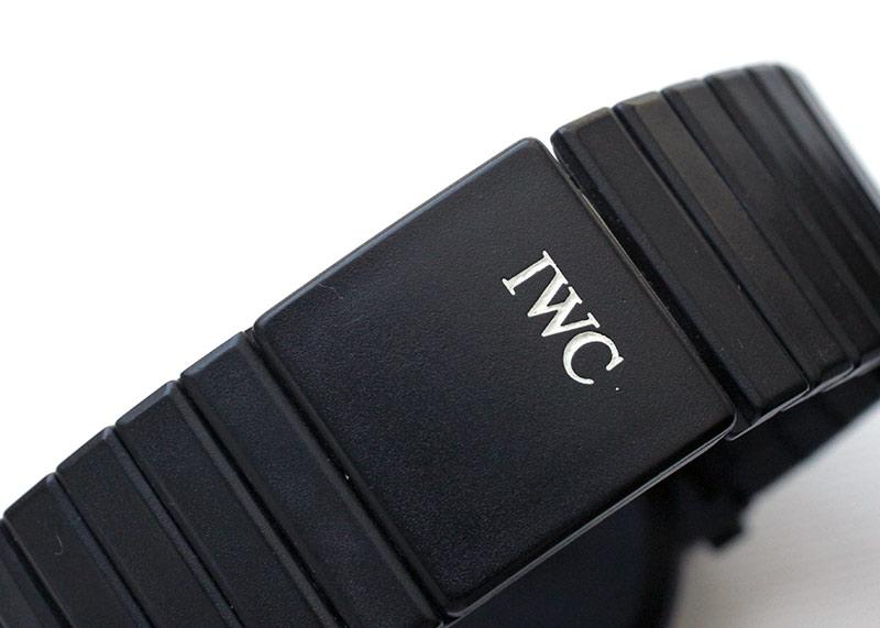 【ヴィンテージ】ポルシェデザイン by IWC 3551 コンパスウォッチ ムーンフェイズ PVD TI 黒文字盤 自動巻き ブレスレット