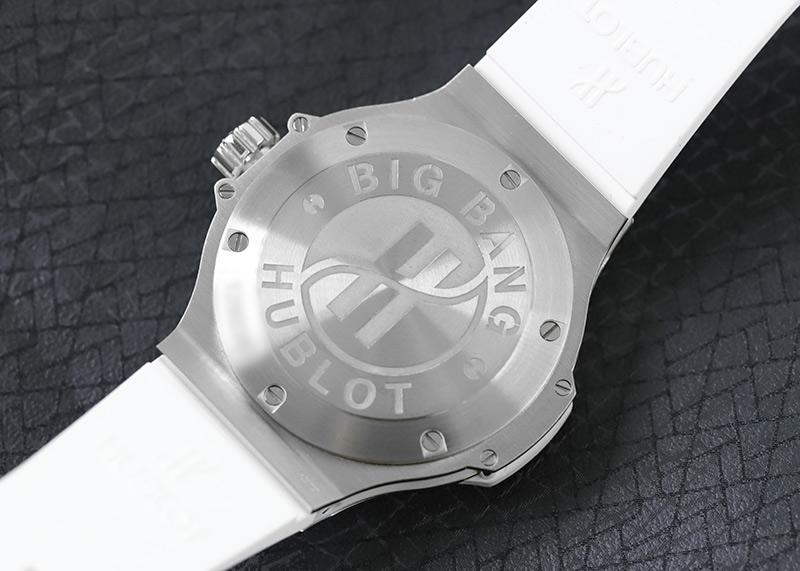 【中古】ウブロ 361.SE.2010.RW.1104 ビッグバン スチールホワイト ダイヤモンド SS 白文字盤 クォーツ ラバー