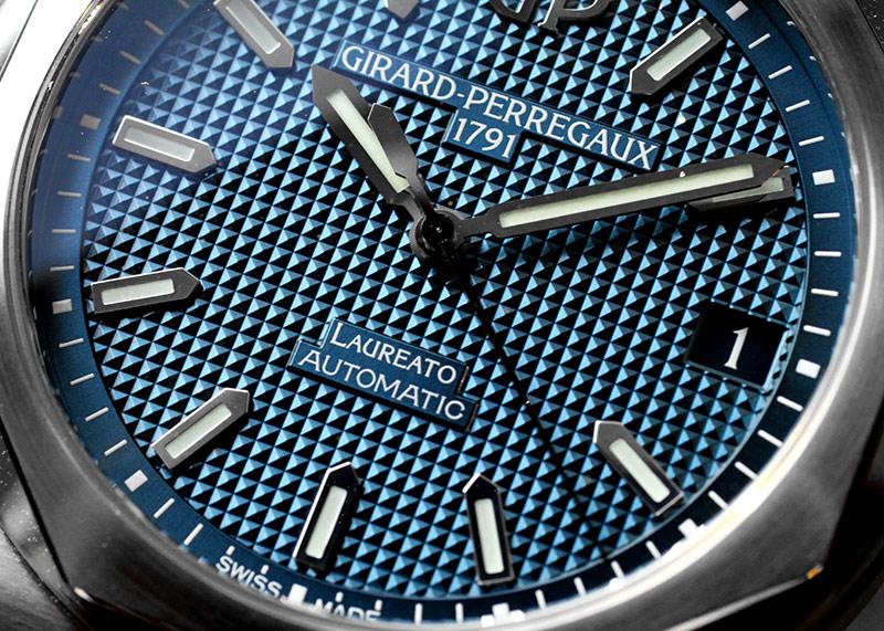 【未使用品】ジラールペルゴ 81010-11-431-11A ロレアート 42mm SS ブルー文字盤 自動巻き ブレスレット