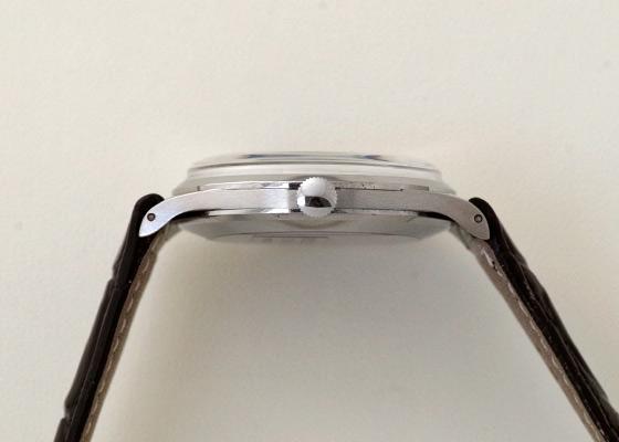 【ヴィンテージ】IWC 1957年製 オールドインター ラウンド Cal.89 SS 黒文字盤 手巻き レザー