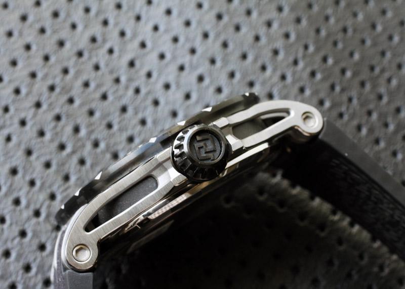 【未使用品】ロジェデュブイ DBEX0803 エクスカリバー ウラカン 88本日本限定 TI スケルトン文字盤 自動巻き ラバー