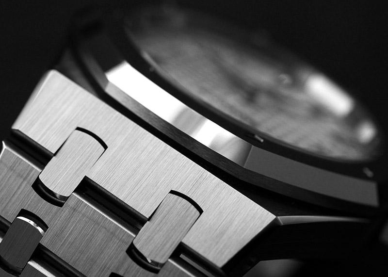 【中古】オーデマピゲ 15450ST.OO.1256ST.01 ロイヤルオーク SS シルバー文字盤 自動巻き ブレスレット