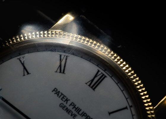 【レストア】パテックフィリップ 3520DJ-011 カラトラバ YG 白文字盤 手巻き レザー【アーカイブ付き】【1986年製】