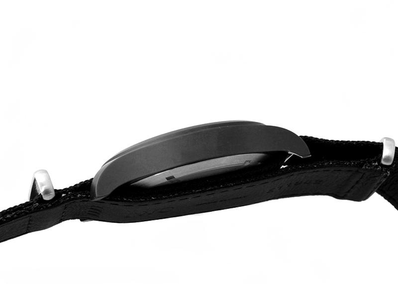 IWC IW326901 パイロットウォッチ オートマティック トップガン CE 黒文字盤 自動巻き ナイロン