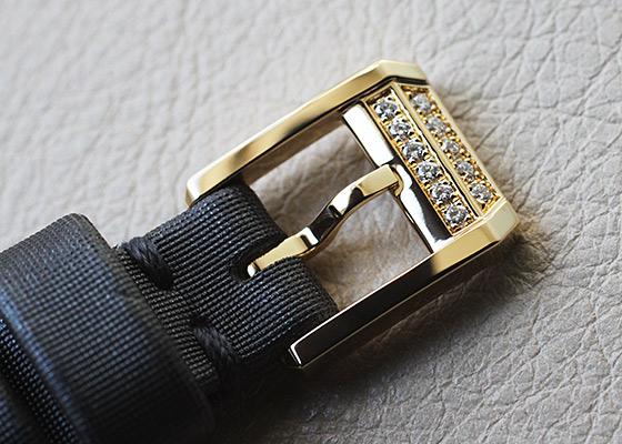 ハリーウィンストン EMEQHM18YY001 レディース エメラルド YG ダークグレー文字盤 クォーツ サテン