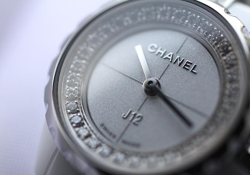 シャネル H5238 レディース J12 XS CE 白文字盤 クォーツ ブレスレット