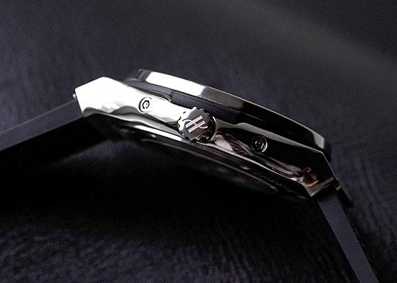 ウブロ 517.NX.0170.LR.1104 クラシックフュージョン アエロフュージョン ムーンフェイズ チタニウム ダイヤモンド TI スケルトン文字盤 自動巻き ラバーアリゲーター