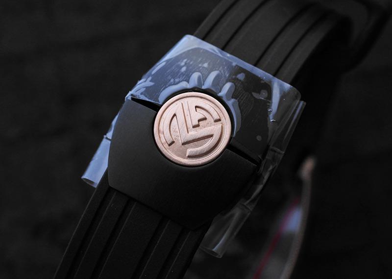 フランクミュラー 8900SCDT GPG コンキスタドール グランプリ TI&PG 黒文字盤 自動巻き ラバー