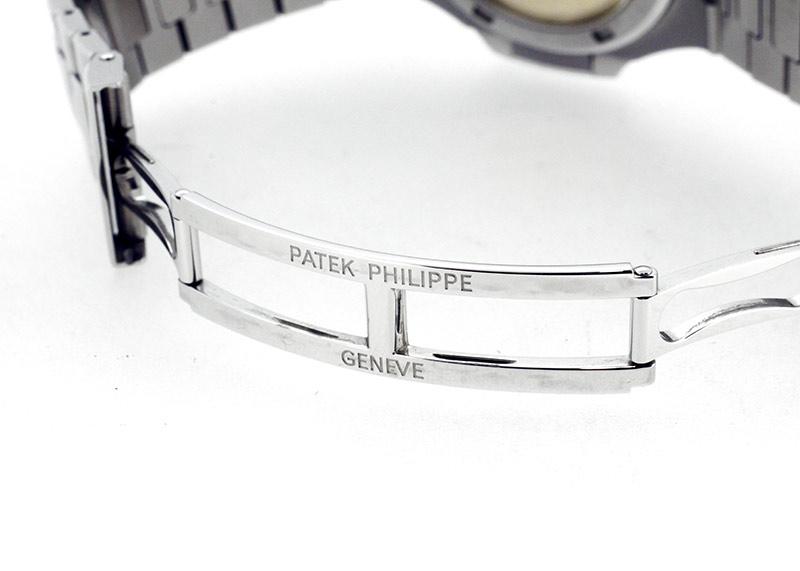 【中古】パテックフィリップ 5711/1A-010 ノーチラス SS ブルー文字盤 自動巻き ブレスレット