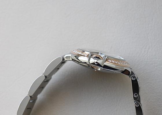 カルティエ WE902079 レディース バロンブルー SM ベゼルダイヤ PG&SS 白文字盤 クォーツ ブレスレット