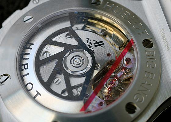 ウブロ 301.SE.230.RW.114 ビッグバン サンモリッツ スチール ホワイトダイヤモンド SS 白文字盤 自動巻き ラバー
