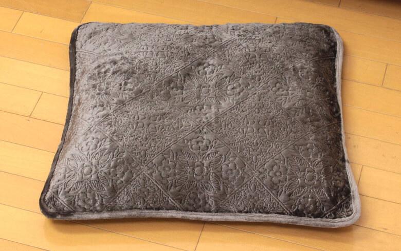 Mitis classica フランネルキルト 座布団カバー 約55×59cm