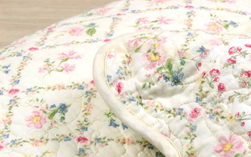 flores コットンキルト クッションカバー 約45×45cm