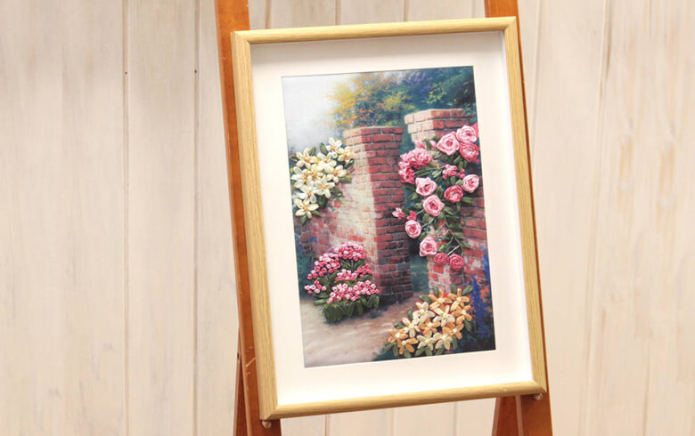花のポルテ リボン刺繍 アートパネル 約32×42cm