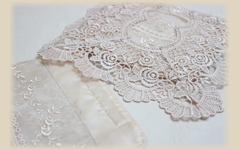 gracieux ローズ柄ジャカード織&ギュピール ペーパーホルダー 約16×36cm