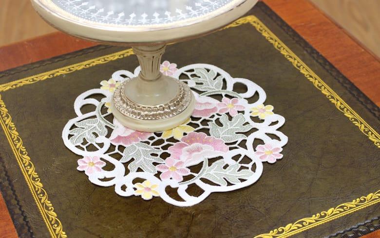anemone mistral 総柄刺繍 ドイリー 約20cm