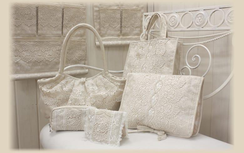 gracieux ローズ柄ジャカード織&ギュピール ランジェリーケース 約23×30cm
