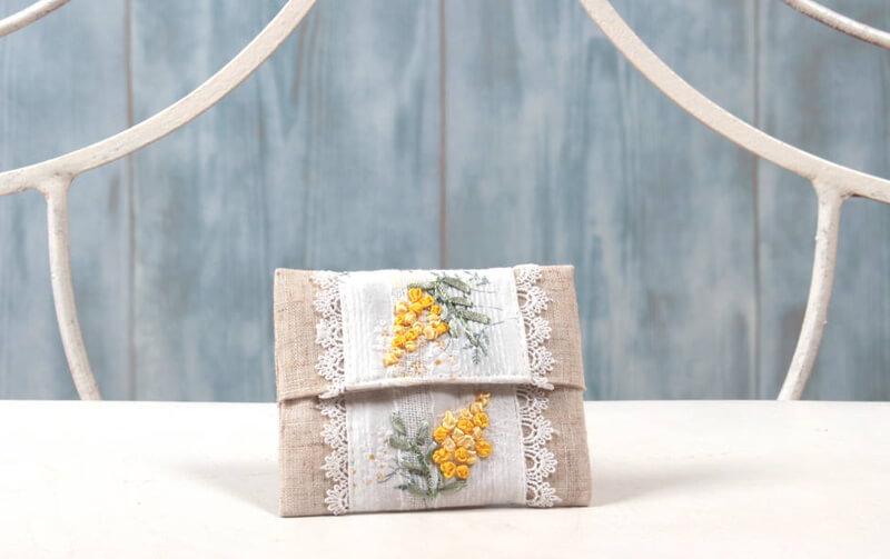 mimosa リボン刺繍 ミニティッシュケース 約10×12cm