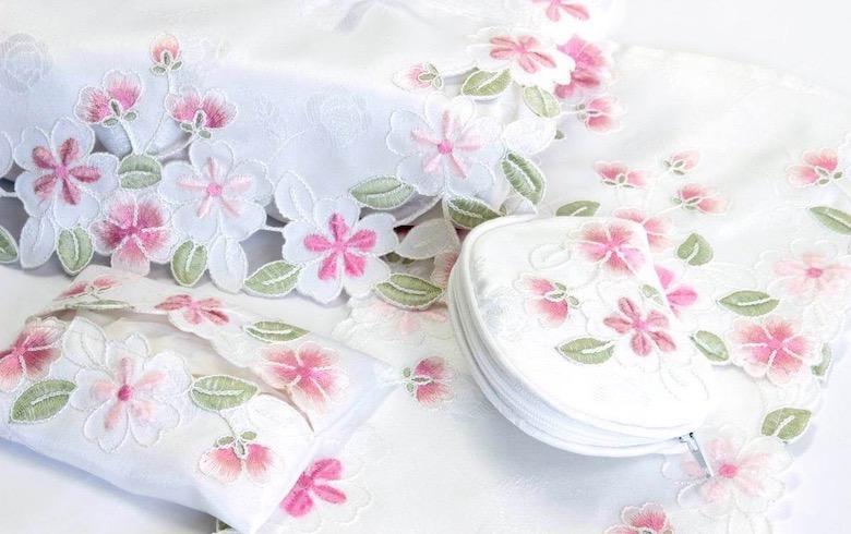 SakuraVelvet コード刺繍 ミニティッシュケース 約12×9cm