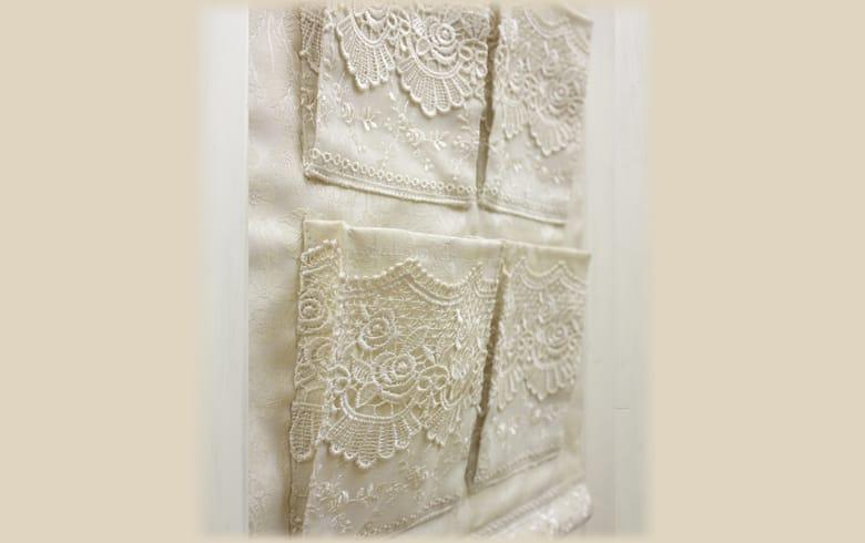gracieux ローズ柄ジャカード織&ギュピール ウォールポケットS 約45×30cm