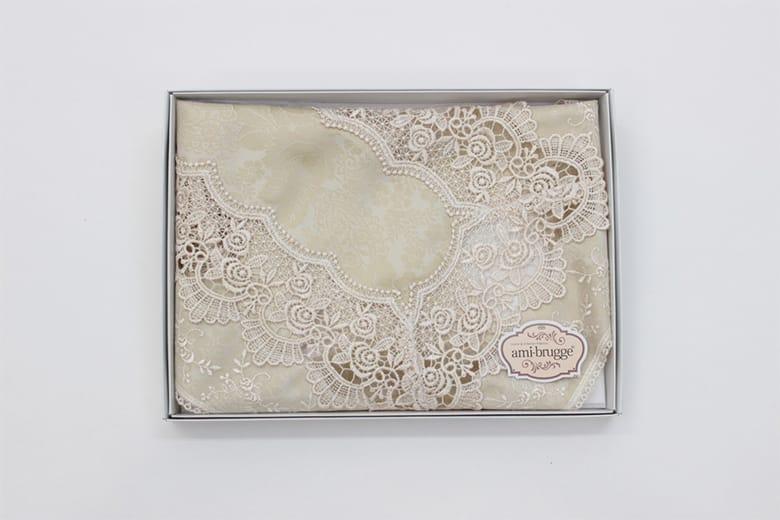 gracieux ローズ柄ジャカード織&ギュピール テーブルセンター 約35×50cm