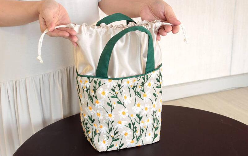 Marguerite 刺繍 ミニトートバッグ 約18×24×13cm