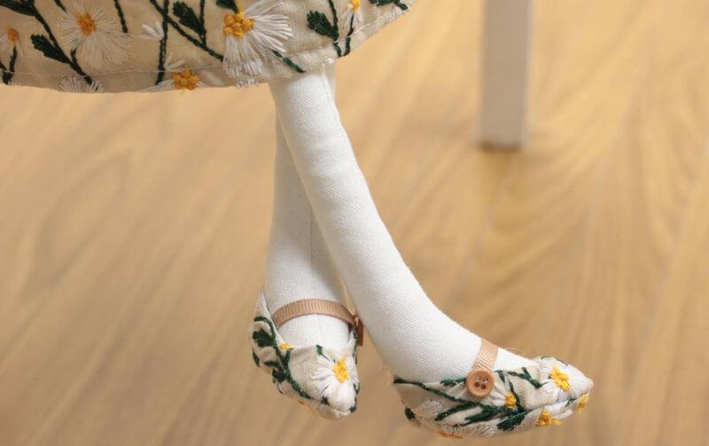 Marguerite 刺繍 うさぎちゃん 高さ約68cm