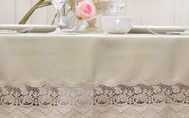 gracieux ローズ柄ジャカード織&ギュピール テーブルクロス 約130×230cm