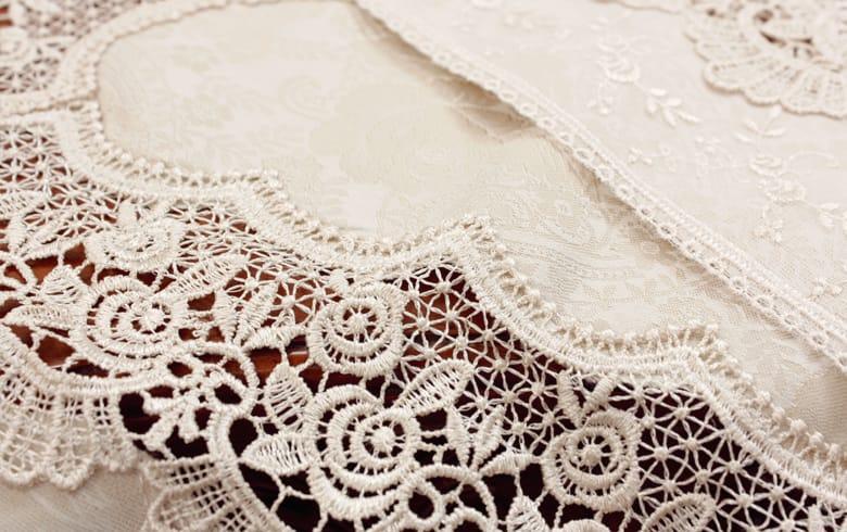 gracieux ローズ柄ジャカード織&ギュピール のれん 約85×120cm