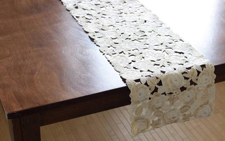 Champagne コード刺しゅう テーブルランナー 約25×180cm