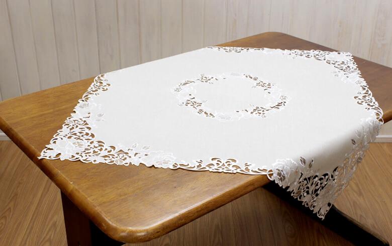 Rose Metopes カットワーク刺繍 テーブルクロス 約85×85cm