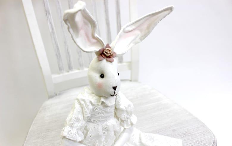 Soltir アイレット刺繍 うさぎちゃん(バッグ) 高さ約68cm