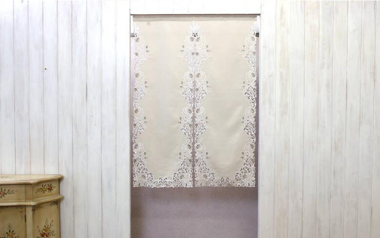 Rose Metopes カットワーク刺繍 のれん 約85×120cm