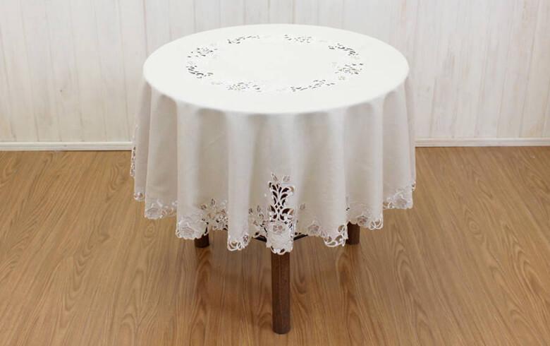Rose Metopes カットワーク刺繍 テーブルクロス 約150cm