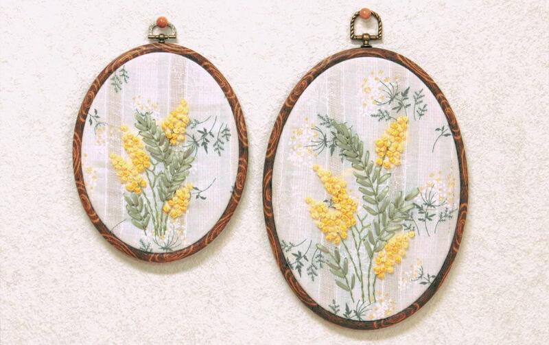 mimosa リボン刺繍 ウォールデコ M 約19×15cm