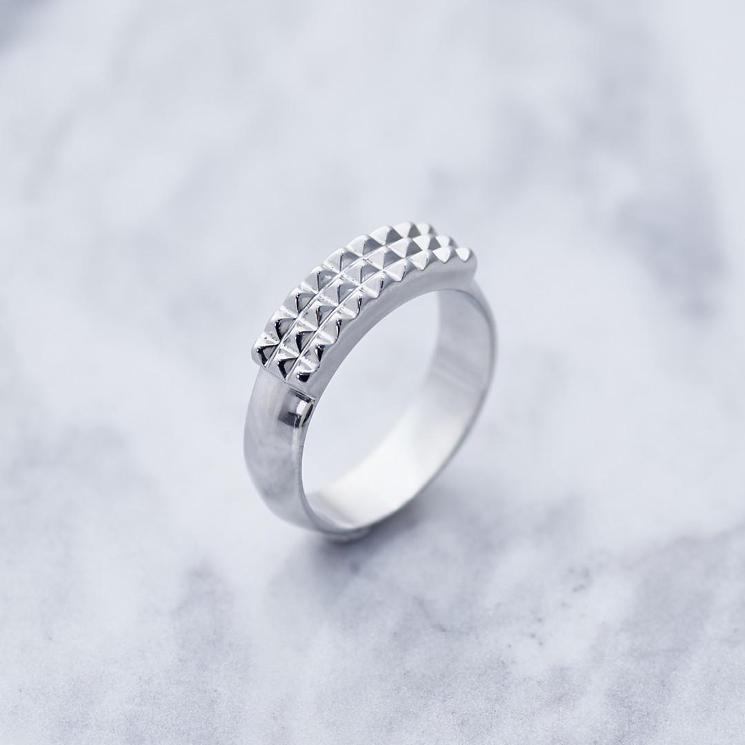TACHUELA RING タチュエラリング