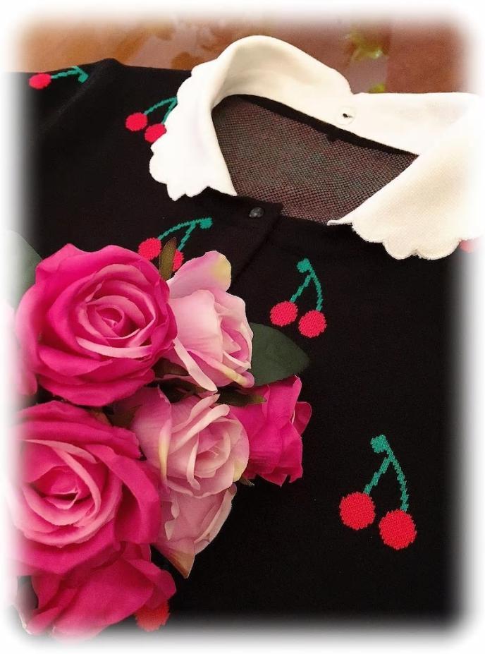 ★再入荷★ガーリーチェリー(取り外し可スカラップ襟付き)カーディガン★期間限定価格・別途200ポイントプレゼント★ちょっぴりガーリーな可愛らしさでおとな可愛いデイリーコーデに◎