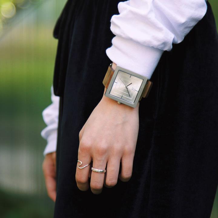 ALIVE ATHLETICS アライブアスレチックス ウォッチ 腕時計 THE VAULT
