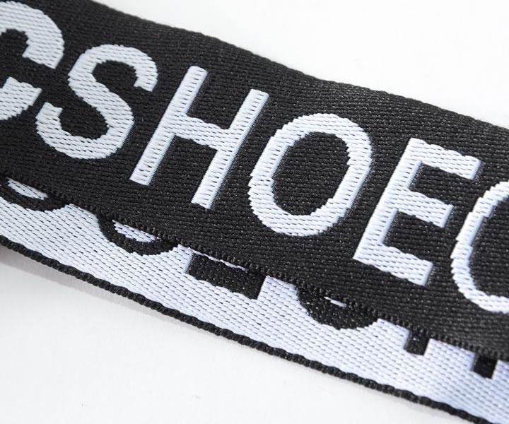 【セール】DC SHOES ディーシーシューズ ショルダーバッグ  サコッシュ 縦型 メッシュポケット ロゴストラップ (5230J906)