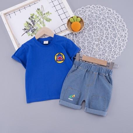 大人気子供服 キッズシャツ+パンツ2点セット